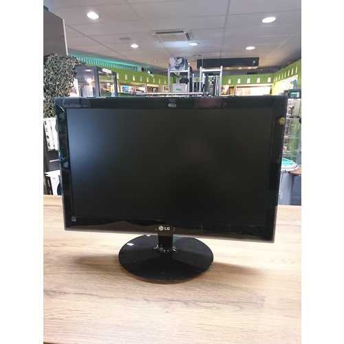 LG E2240T-PN LED-Monitor - 22 inch / Full HD