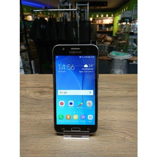 Samsung Galaxy J5 8GB - zwart ( ACHTER CAMERA DEFECT )