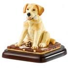 Border Fine Arts Labrador Golden (What News)