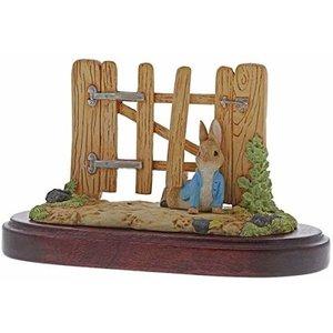 Beatrix Potter / Peter Rabbit Peter Rabbit Fence Under Fence