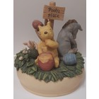 Disney Michel & Company  Classic Pooh's Place Musical