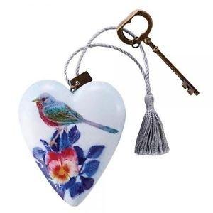 Art Hearts Floral Bird  Art Heart