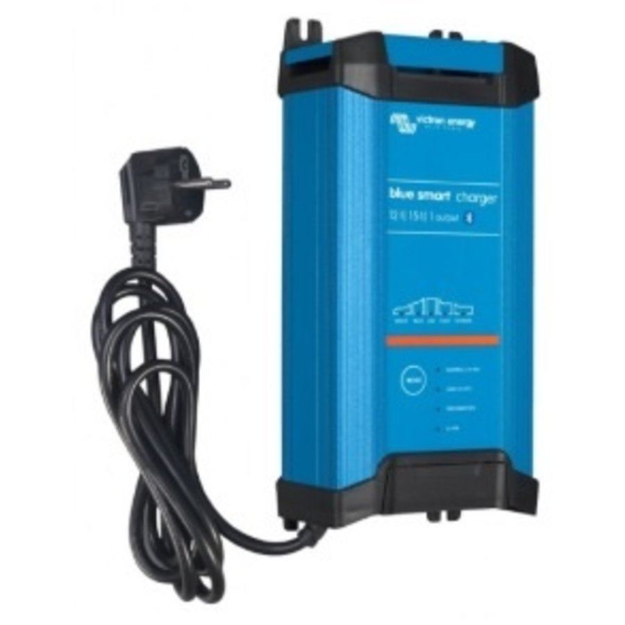 Blue Smart IP22 Acculader 12 Volt 20A (3 x accu uitgang)