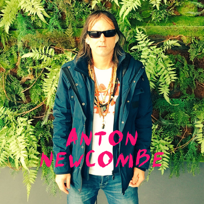 An interview with Anton Newcombe of L'Épée