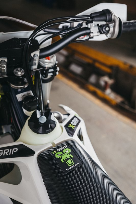 X-GRIP Baboons Butt Seat Cover