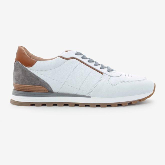 Sneaker HE87519