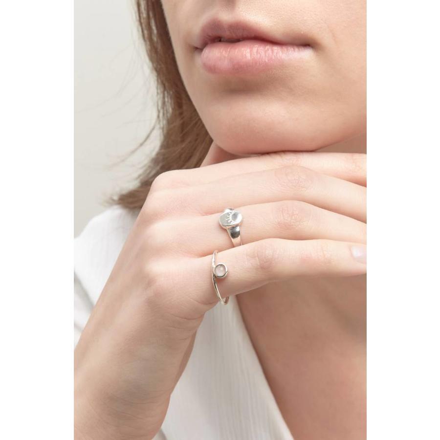 Unwind Signet Ring Silver-2