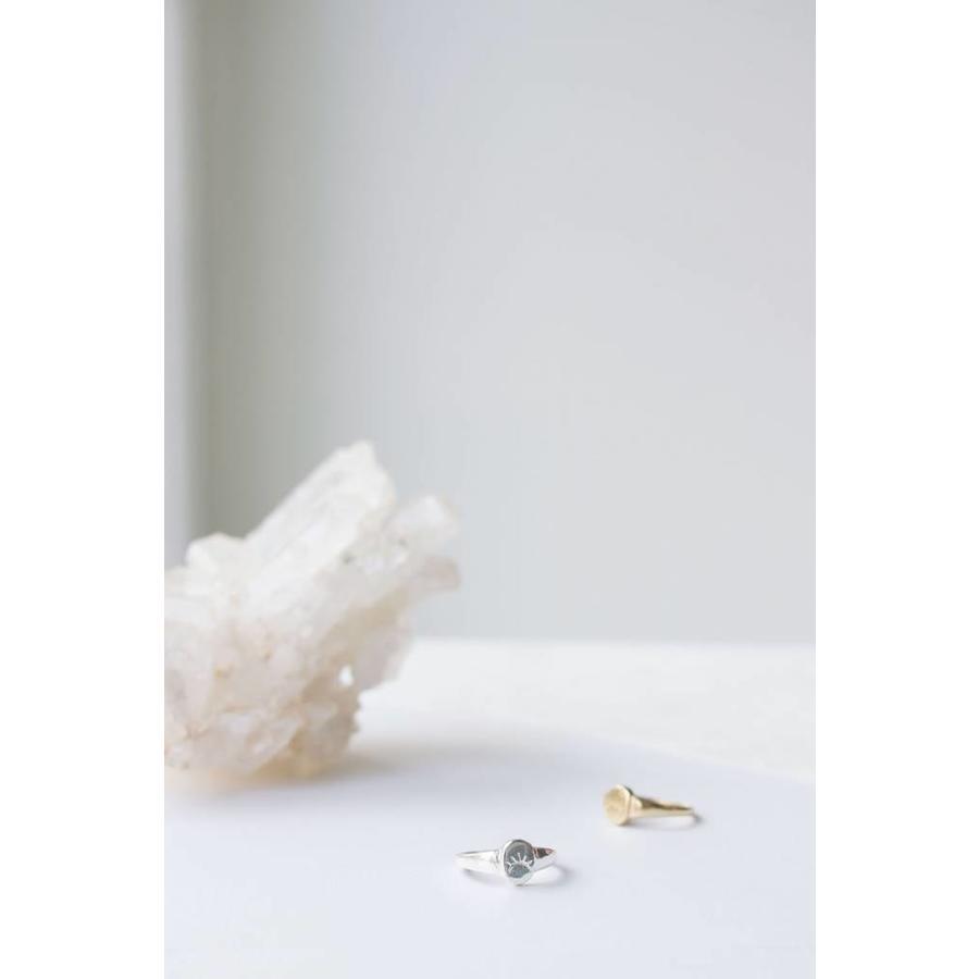Unwind Signet Ring Silver-3