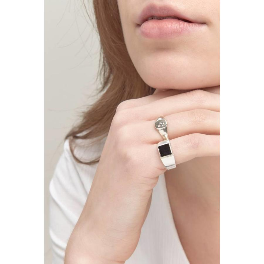 Onyx Signet Ring Zilver-2