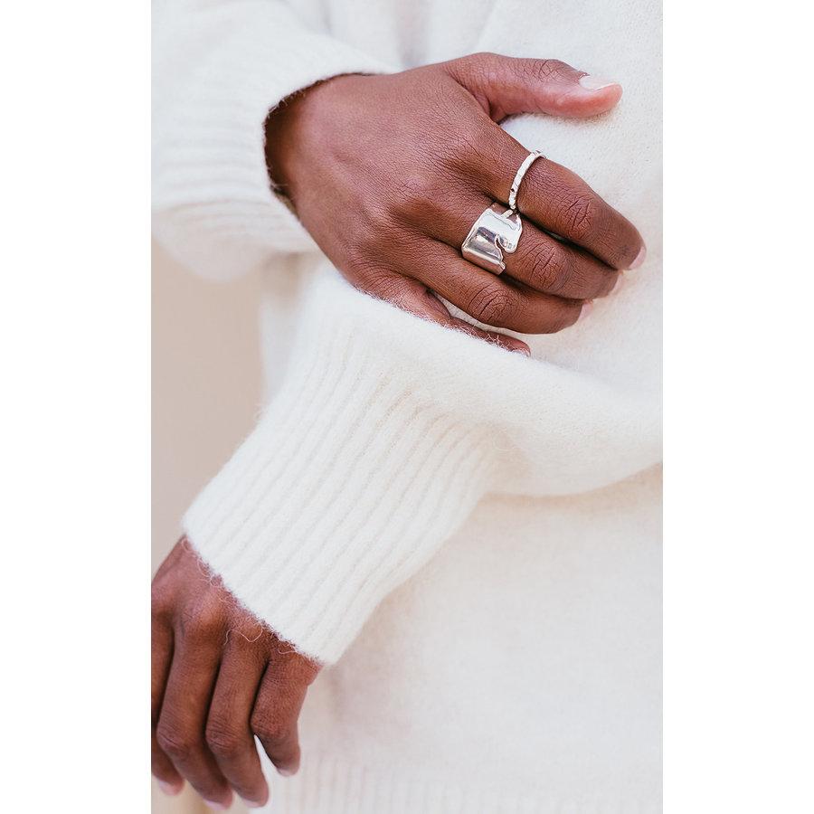 Peak Ring Silver-3