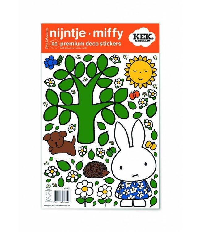 Miffy Wandtattoos Miffy big tree, 21 x 33 cm