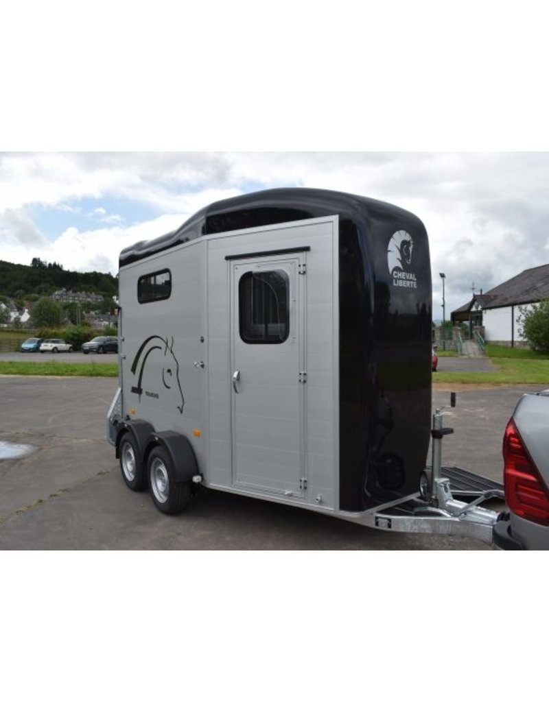Cheval Liberte Cheval Touring Country in Black