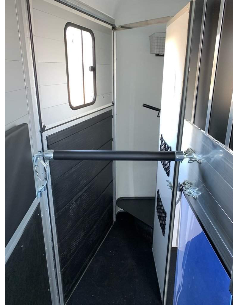 Cheval Liberte Cheval Touring Country with Tack Room in Black