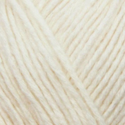 Yarn and Color Yarn and Colors Charming 002 Cream
