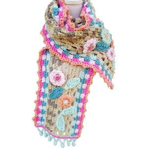 Vrolijke sjaal Blossom patroon