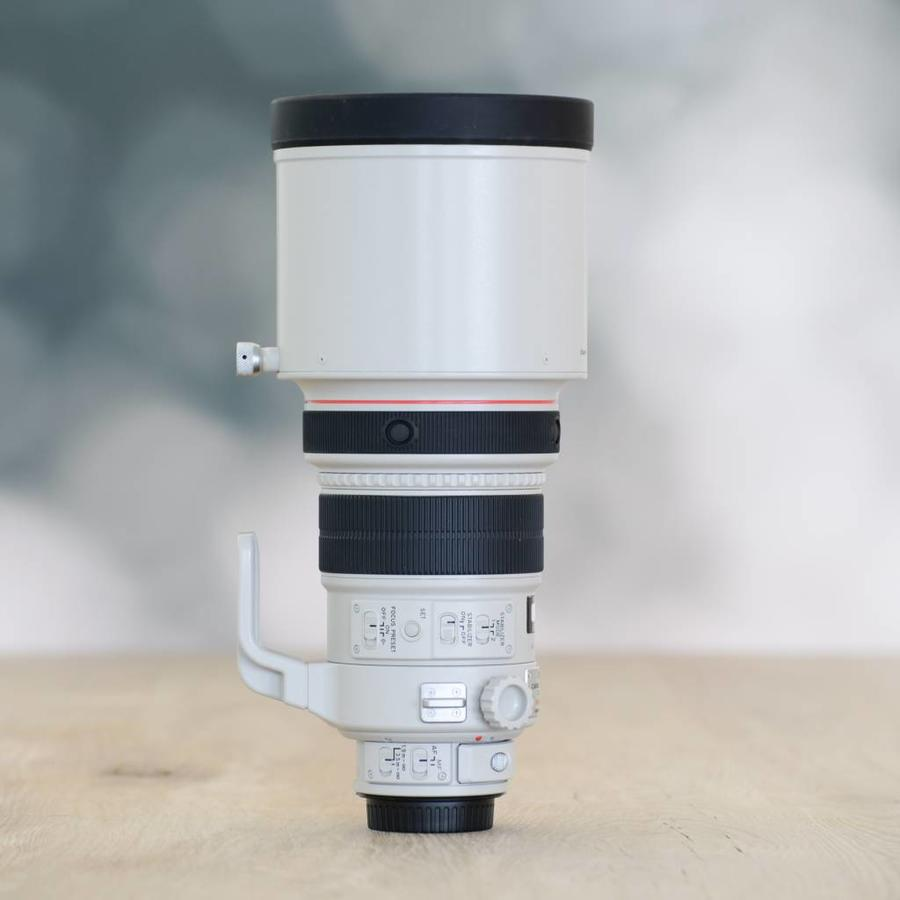 Canon 200mm 2.0 L IS EF USM