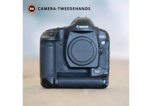 Canon 1Ds Mark II -- 137.345 kliks