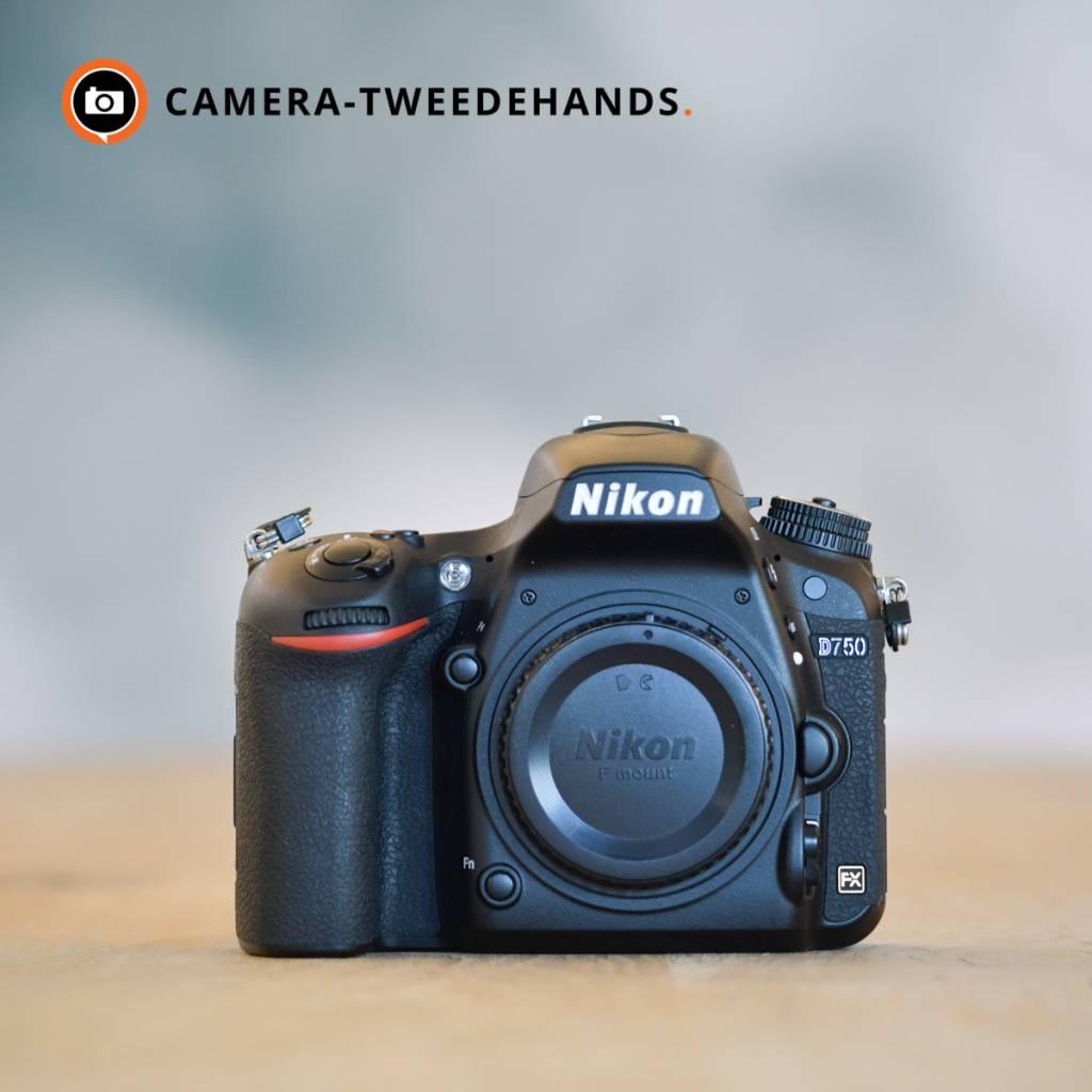 Nikon Nikon D750 -- 52.776 kliks