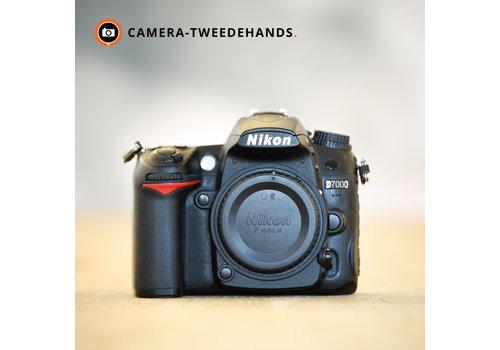Nikon D7000 inclusief gratis  grip -- 67.892 kliks