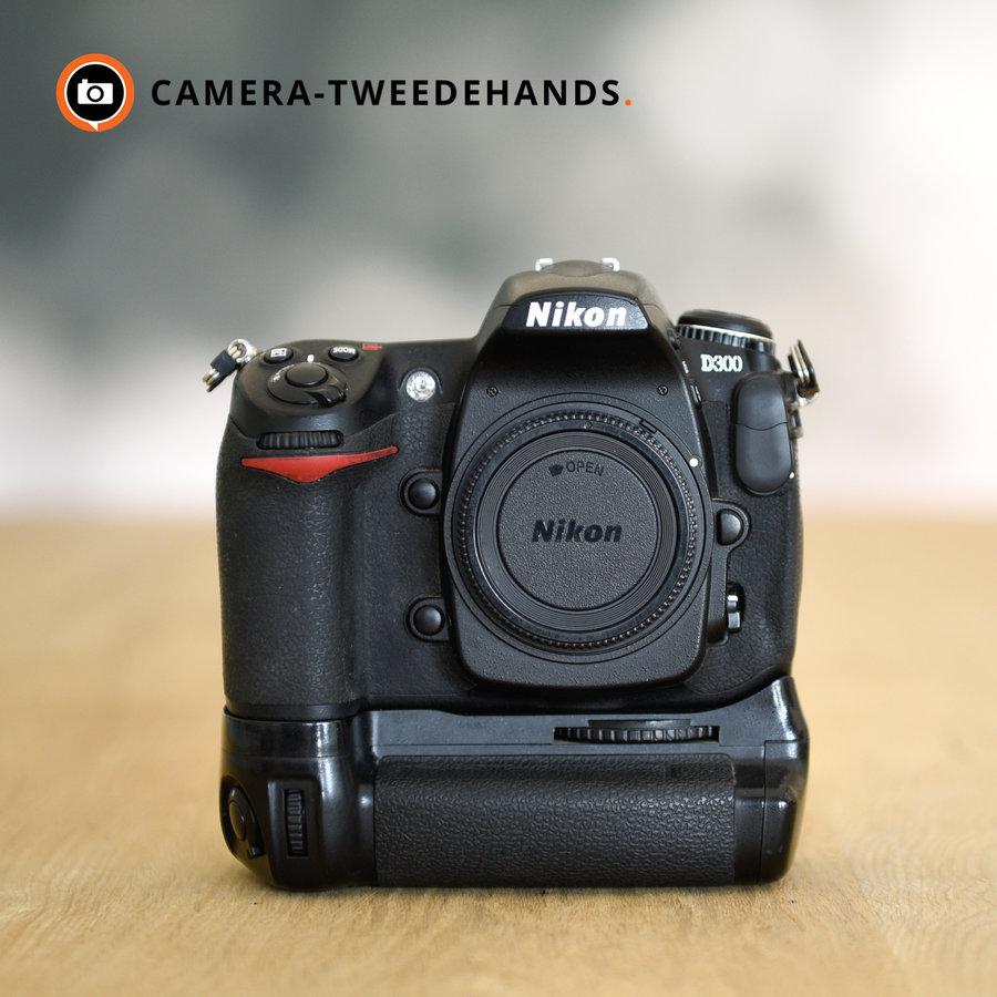 Nikon D300 + MB-D10 -- 43124 kliks