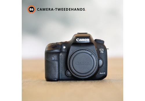 Canon 7D Mark II -- 63.706 kliks