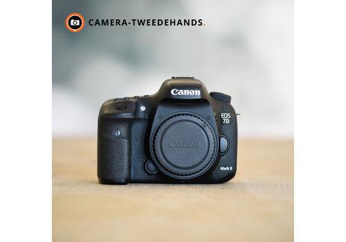 Canon 7D Mark II -- 76.499 kliks