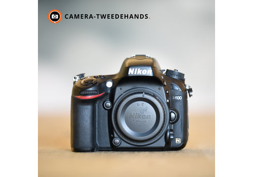 Nikon D600 -- 12742 kliks