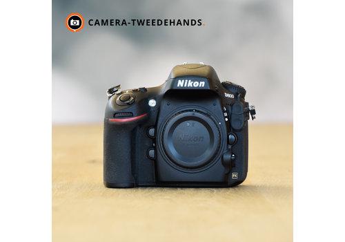 Nikon D800 -- 16.287 kliks