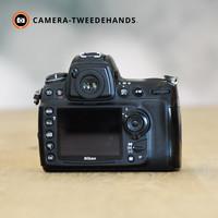 Nikon D700 -- 18.795 kliks