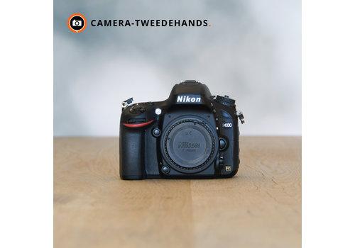 Nikon D600 -- 923 kliks