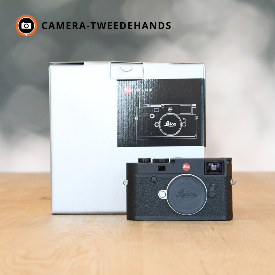 Leica M10 + Leather Protector, Accu, Pouch twv 440 euro