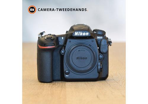 Nikon D500 -- 79.493 kliks