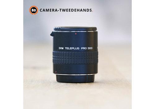 Kenko 3XM Teleplus Pro 300 -- Canon