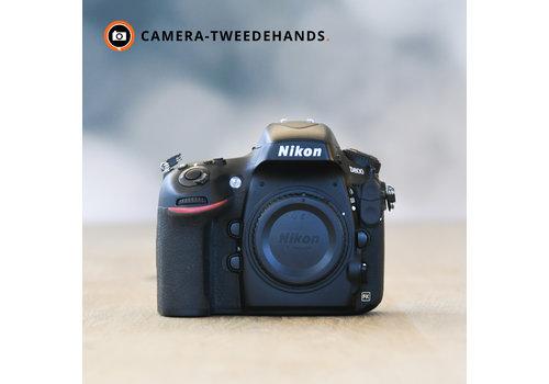 Nikon D800 -- 7.968 kliks