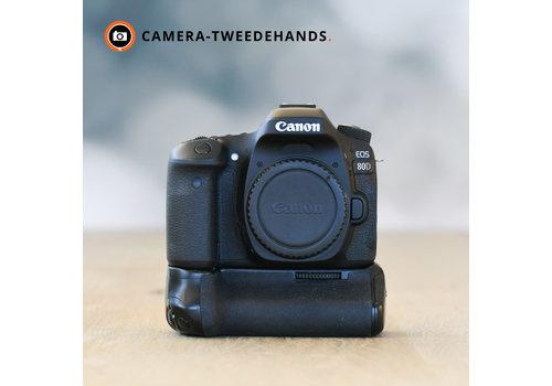Canon 80D + Grip -- 4.890 kliks