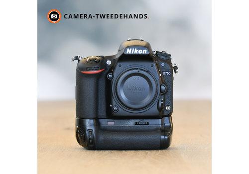 Nikon D750 + Grip