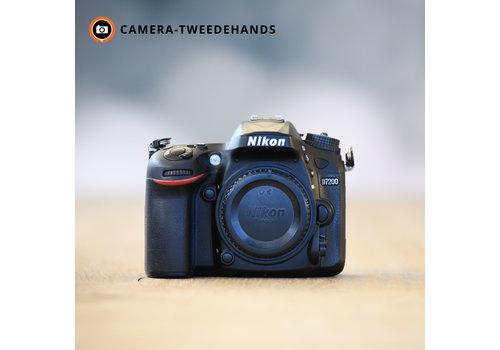 Nikon D7200 -- 14.942 kliks
