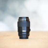 Canon 100mm 2.8 EF USM -- Gereserveerd
