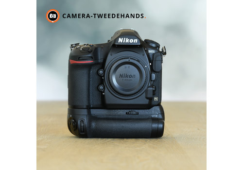 Nikon D850 + Boostergrip -- 42.779 Kliks