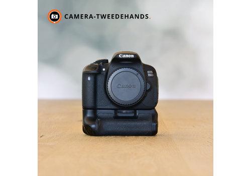 Canon 700D + Jupio Batterygrip - 8633 kliks