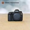 Canon Canon 5D Mark IV -- 3864 kliks