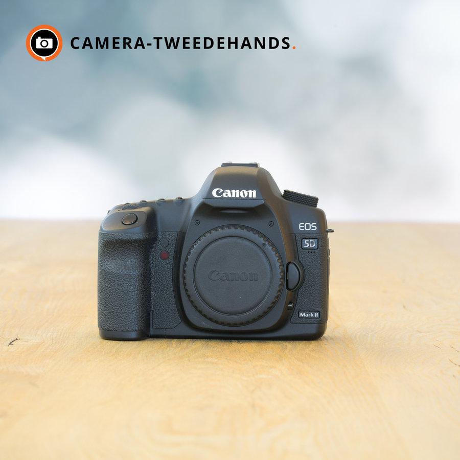 Canon 5D Mark II -- 13.721 kliks
