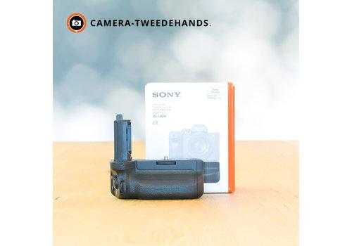 Sony VG-C4EM Battery Grip -- Incl. BTW