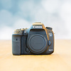 Canon Canon 7D Mark II - 35.233 kliks