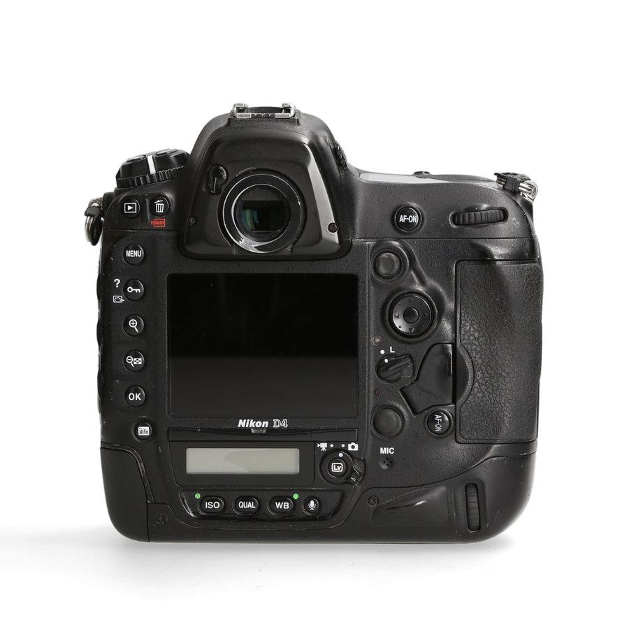 Nikon D4 -- 511.033 kliks