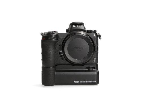 Nikon Z7 + Nikon MB-N10 -- 34181 kliks