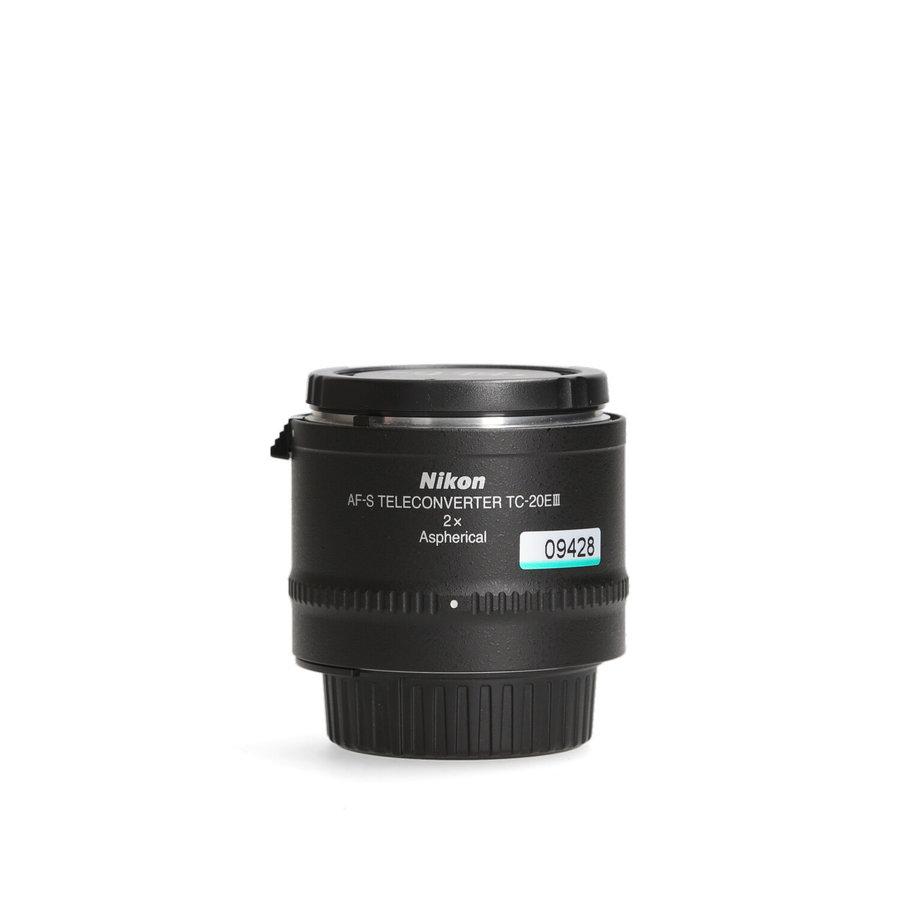 Nikon TC-20E III Teleconverter