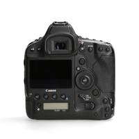 Canon 1Dx Mark II -- 317.540 kliks