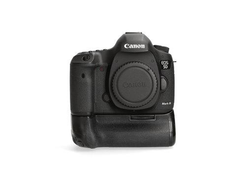 Canon 5D Mark III + BG-E11 - 35.077 kliks
