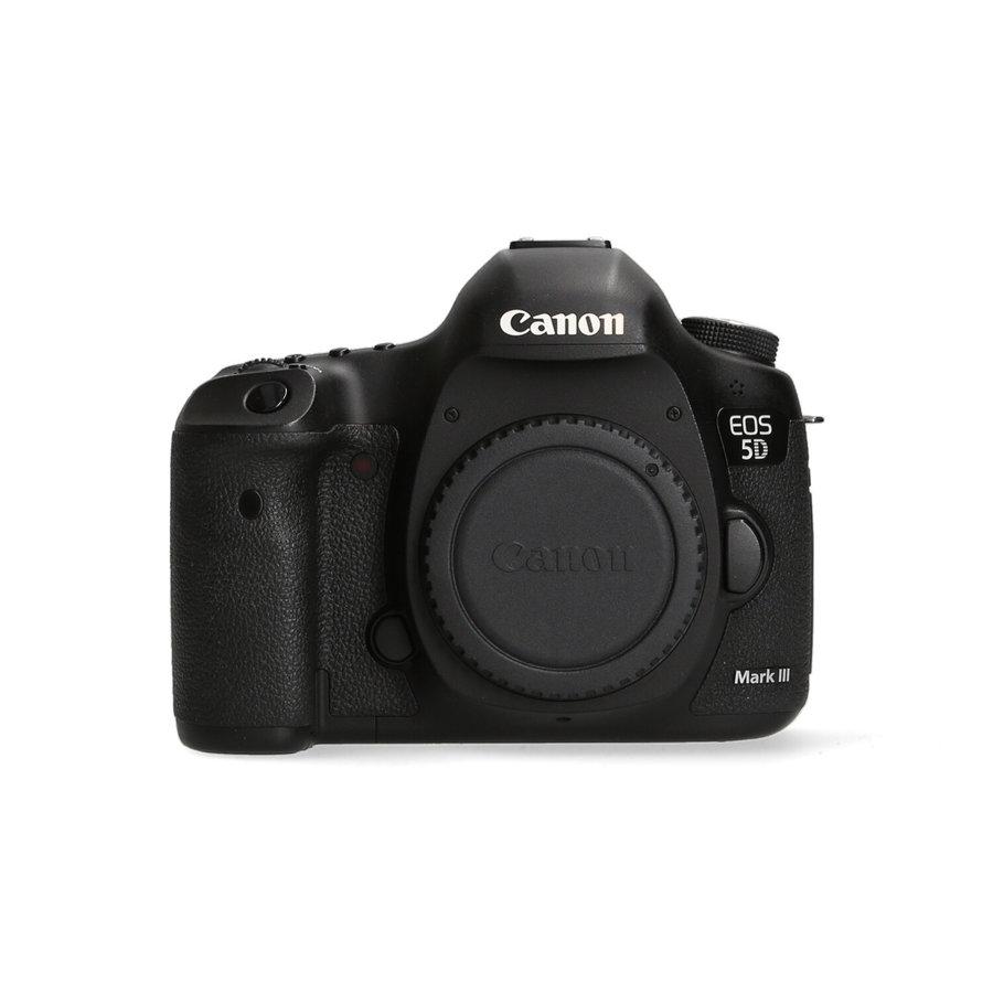 Canon 5D Mark III - 61.151  kliks